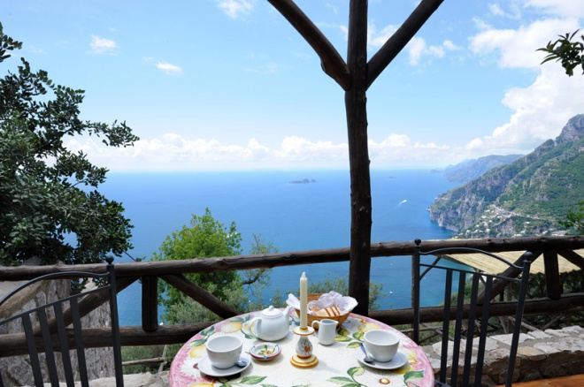 Breakfast on the terrace_La Tagliata
