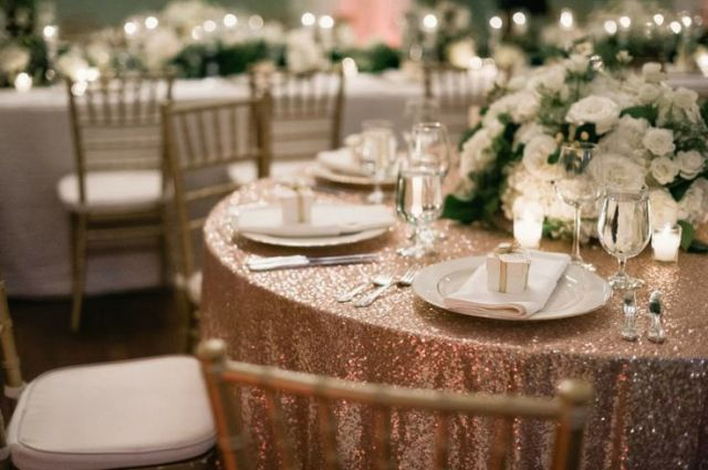 Gold Glitter Table Cloth_Destination Wedding_Thanks to Style Me Pretty