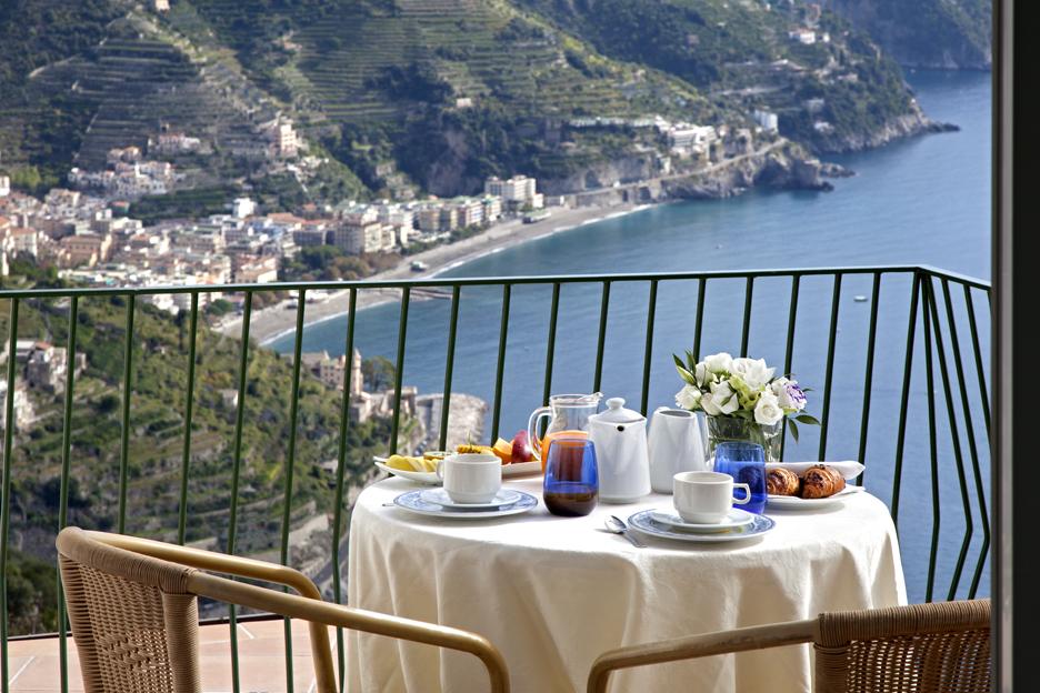 Garden ravello hotel and ristorante wanderlust weddings for Amalfi coast cuisine