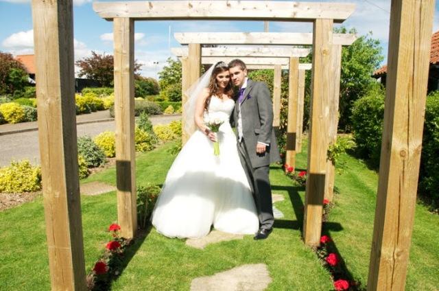 Wedding_Little Channels, Chelmsford_Domenico Cifaldi _http://www.weddingphotographernorthlondon.co.uk/http://www.karenforte.com/